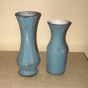 Set of 2 Distressed Blue Farmhouse Vases
